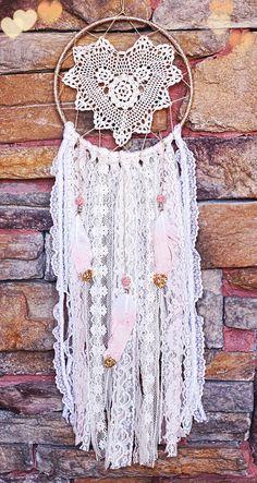Bohemian Doily Dreamcatcher in Secret Garden.. 8 inch hoop, Vintage heart-shaped doily, glitter ombre light pink/white feathers, nursery de