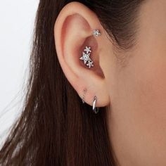 No Piercing Gold Dragon Cartilage Ear Cuff/piercing imitation/ fake faux piercing/ ohrklemme ohrclip/conch ear manschette/sweep crawler - Custom Jewelry Ideas Conch Piercings, Daith Piercing, Cool Ear Piercings, Conch Piercing Jewelry, Girl Piercings, Triple Conch Piercing, Conch Stud, Bar Earrings, Simple Earrings