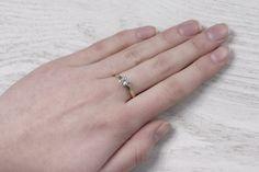 Pierścionek zaręczynowy z diamentem.   #pierścionek #zaręczyny #zaręczynowy #diament #złoto #prezent #engagement