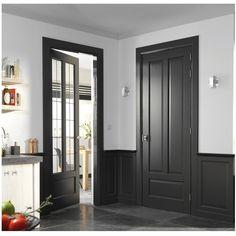 Geïnspireerd door deze foto en de kleuren van de deur boven toegepast..steekt mooi af bij de witte muren