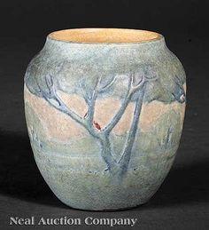 A Newcomb College Art Pottery Matte Glaze Vase,