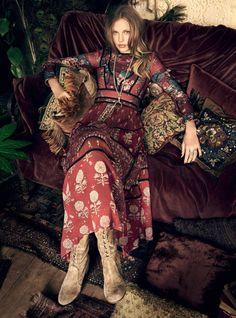 Elisabeth Erm by Regan Cameron for Harper's Bazaar UK, October 2015. Fashion Editor: Miranda Almond. // STYLE SCHOOL BYDANIE