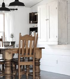 It is a fresh new day to the start of the week. On our to do list this week.our first attempt at a concrete counter in… Shaker Style Kitchen Cabinets, Shaker Style Kitchens, Concrete Counter, Wood Countertops, Farmhouse Chairs, Large Kitchen Island, White Decor, Rustic Interiors, Cottage Style