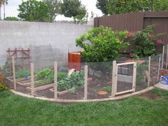 garden fence. if we can't move i might have to something like this.
