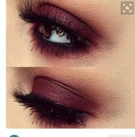 What eye shadow is this ? Is it a single eyeshadow color or pallet?