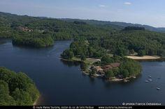 Lac de Saint-Pardoux en Haute-Vienne vue du ciel