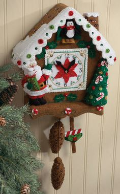 How darling is this Christmas Time Clock Wall Hanging Felt Applique Kit?