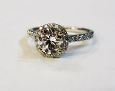 Hello Halo! What a gorgeous Vintage Diamond ring  #diamond #halo #vintage
