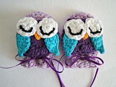 crochet owl baby scratch mitts by TheFreckledPurl on Etsy, Crochet Baby Mittens, Crochet Mitts, Crochet Owl Hat, Crochet Gloves, Crochet Baby Clothes, Thread Crochet, Crochet Crafts, Crochet Projects, Wrist Warmers