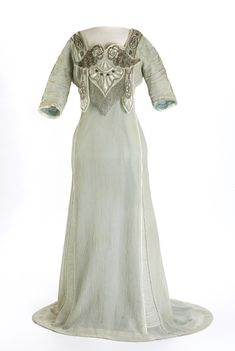 Evening dress, ca. 1912. Designed by Paul Poiret but probably made in Calgary by Glanvilles Ltd. Glenbow Museum.