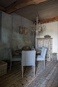 Beautiful country style interiors by photographer Ivar Janssen