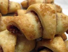 Cinnamon Rugelach - I <3 these sweet little pastries; almost, almost wishing I hadn't found this recipe ;)