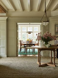 An Arts & Crafts Home by Ben Pentreath - Katie Considers - The May 2018 issue of House & Garden is full of goodness (it's my favorite shelter magazine these - Arts And Crafts For Adults, Arts And Crafts House, Easy Arts And Crafts, Home Crafts, Diy Home Decor, Craft House, Diy Crafts, Design Your Home, Home Interior Design