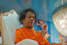 Sathya Sai Baba Farewell Blessings, http://www.lordsai.com/Sai-Namaskar-Coin.html