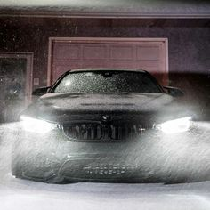 BMW F82 M4 black winter