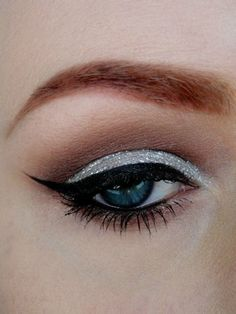 silver eye makeup curated by The Glamorous Housewife