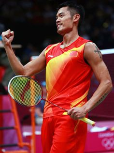 """Lin Dan (badminton) 2014 Won the men's singles title at the Asian Games, completing his second """"grand slam"""" of Olympic, world championship and Asian Games singles crowns. Badminton Photos, Badminton Sport, Asian Games, Camping Gifts, World Of Sports, Sports Stars, London, World Championship, Olympic Games"""