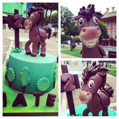 Tarta con caballo by Las Tartas de Mariana