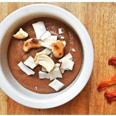 Start the #new year with some #vegan #caramel #flan  (recipe in bio) #plantbased #plantpower #vegansofig #veganfoodshare #whatveganseat #healthy #dessert #sweet #norefinedsugar #glutenfree #dairyfree #crueltyfree #foodstagram #instadaily #instafood #blogger_lu #nyc
