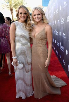 Miranda Lambert Looks Better Than Ever at the ACM Awards: Miranda Lambert turned heads in a stunning gold gown at the Academy of Country Music Awards in Las Vegas on Sunday night.