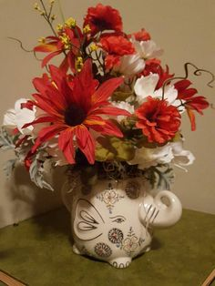 Check out this item in my Etsy shop https://www.etsy.com/listing/482025077/small-flower-arrangement-get-well
