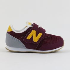 620 Maroon Sneaker