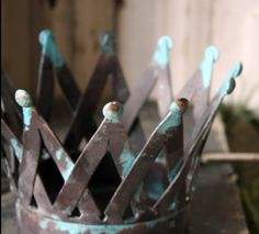 Rusty patina copper crown.... love crowns