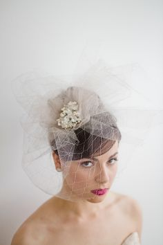 The Cora antique platinum silk net veil by Emici Bridal. Bridal Veils And Headpieces, Headpiece Wedding, Wedding Veils, Birdcage Wedding, Birdcage Veils, Fascinators, Veil Hairstyles, Wedding Hairstyles, Hot Pink Weddings