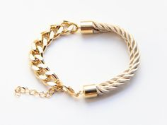 Arm candy Half and Half: Gold chunky chain and Beige by Brinkle