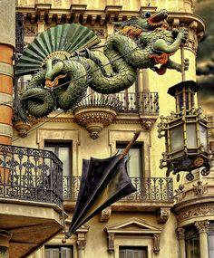 Casa De Los Paraguas Barcelona