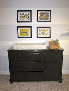 Airplane nursery. Love the gray and yellow - it will tie in nicely with Margaret's side of the room.