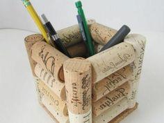 que faire avec des bouchons en liège, pot à crayon en bouchons