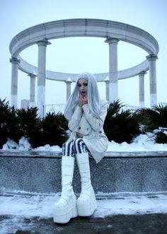 #whitegoth #whitewitch #whitehair #gothic #ElizaPurewhite #purewhite #goth #whitecybergoth #cybergoth