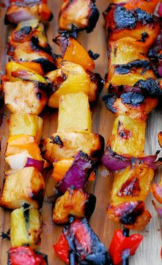 This is an easy grilling recipe for Spicy Pineapple Chicken Kabobs. The chicken is marinated in a sweet pineapple marinade and the kabobs are brushed with a spicy pineapple sauce during grilling. Click through for recipe! Grilling Recipes, Cooking Recipes, Healthy Recipes, Kebab Recipes, Bbq Meals, Cooking Corn, Batch Cooking, Crockpot Recipes, Free Recipes