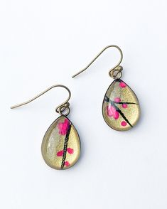 These lovely teardrop shapes are the most popular in my range. They are made of brass that has been darkened to an antique finish. They hang from brass ear hooks.The teardrop is x and. Sea Jewelry, Japanese Paper, Teardrop Earrings, Earrings Handmade, Color Pop, Jewelry Design, Bloom, Brass, Colorful