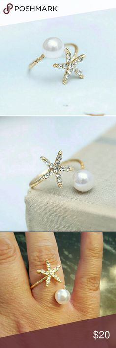 STAR AND SIMULATED PEARL RING Gold adjustable ring with crystals and a simulated pearl Boutique  Jewelry Rings