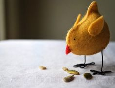 tutorial & pattern for a felt chick from Myrtle & Eunice