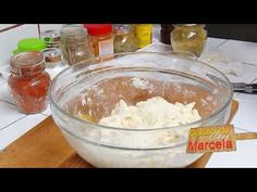 Tocanita de pui cu galuste Gatind cu Chef Marcela 28 Ian 2018 - YouTube Romanian Food, Food Videos, Youtube, Make It Yourself, Cooking, Recipes, Kids, Kitchen, Young Children