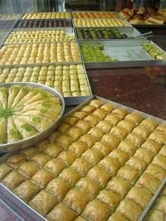 Nadire Atas On Baklava Desserts From Around The World I like this Recipe - And the reaction when people taste Baklava for the first time. Lebanese Desserts, Greek Desserts, Lebanese Recipes, Turkish Recipes, Greek Sweets, Greek Recipes, Greek Baklava, Baking Recipes, Indian Snacks
