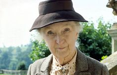 Agatha Christie's Miss Marple mysteries. Joan Hickson, probably my favorite Miss Marple. Agatha Christie, Miss Marple, Hercule Poirot, English Actresses, Actors & Actresses, Masterpiece Theater, Masterpiece Mystery, Tv Detectives, Crime
