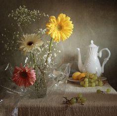 Gerbera, Glass Vase, Table Decorations, Painting, Home Decor, Art, Art Background, Decoration Home, Room Decor
