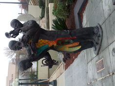 A beautiful statue in New Orleans commemorates the jazz movement. www.volunteerexpeditions.org