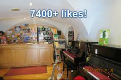 Terminámos 2013 com mais de 7400 likes na nossa página do Facebook! Obrigado a todos pelo apoio, especialmente aos que nos ajudaram a atingir o objectivo do fim do ano. Convidem os vossos amigos (especialmente os que estão ligados à música) a gostar da nossa página do Facebook!