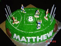 AFL cake - like the idea of name on the side