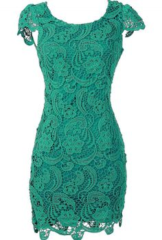 Nila Crochet Lace Capsleeve Pencil Dress in Green