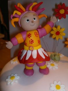 Upsy Daisy Cake Decoration : 1000+ images about Night Garden Cakes on Pinterest ...