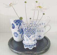 Blå blomst termokrus