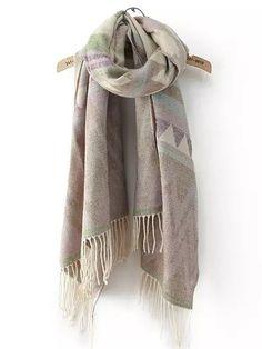 écharpe ornée de franges motif géométrique -violet clair  12.30