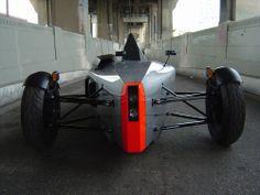 SUB G1 Three Wheel Car