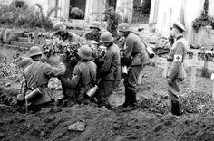 German soliers burial a comrade.
